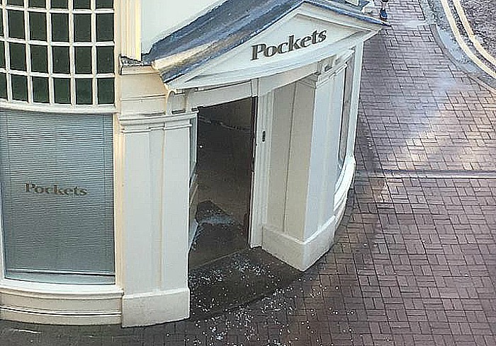 Pockets break-in Nantwich