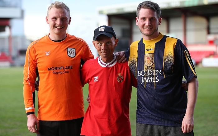 Christie match - event organiser Andrew Scoffin (centre) with sons-team captains - Ashley Scoffin and Warren Scoffin (1)
