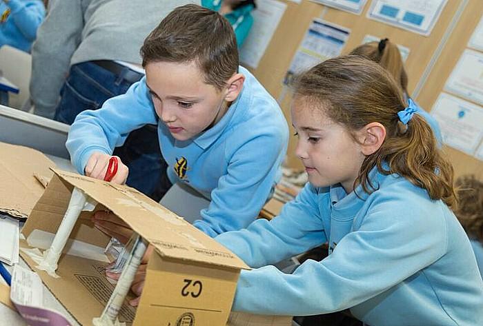 STEAM week - Pupils work together to design their bridge.