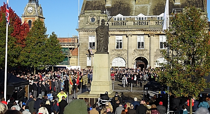Remembrance Sunday service on Memorial Square (3) (1)