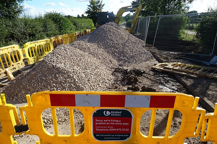 Repair work close to Colleys Lane-Middlewich Road junction (2)