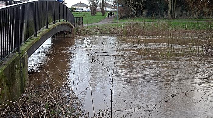 River Weaver flooding close to Sir Thomas Fairfax Bridge, Nantwich - Sun 27-12-2020 (1)
