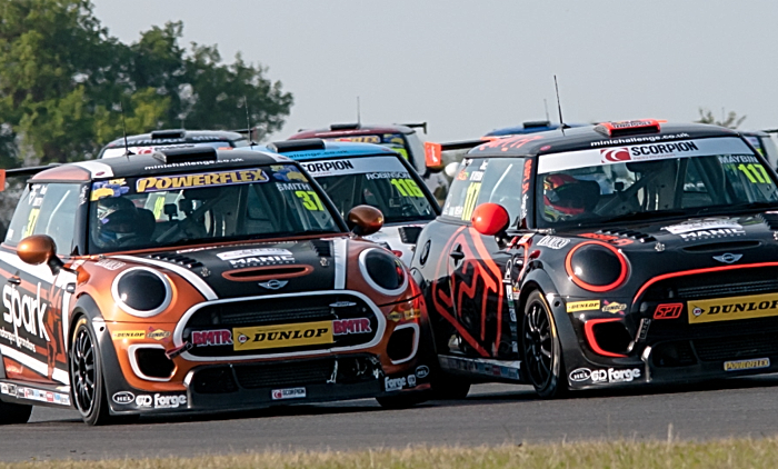 Rob Smith challenges at Snetterton
