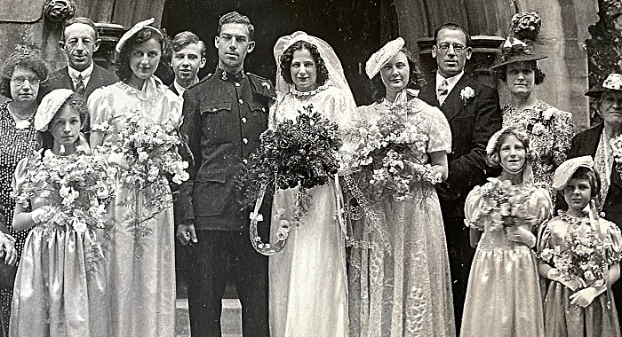 Ron and Bonnie wedding photo, 1942 (1)