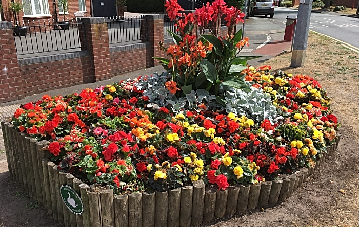 Rope Lane-Wells Green flower bed - photo by David Clews