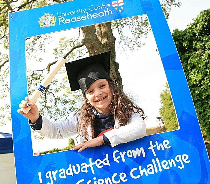 Ruby Russell, 7 yrs, enjoys science challenge (1)