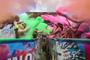 1,500 take part in Run or Dye event near Nantwich