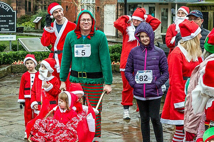 Santa Dash Nantwich, Hope House Hospice 2