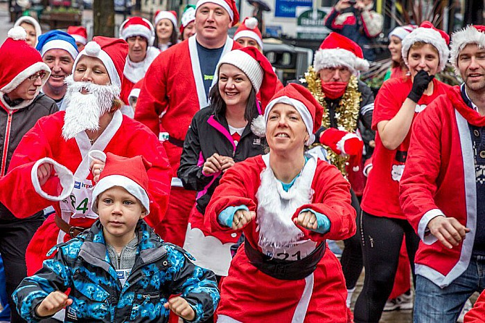 Santa Dash Nantwich, Hope House Hospice 4