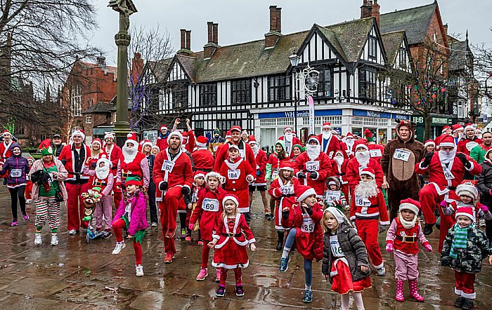 Santa Dash Nantwich, Hope House Hospice 6