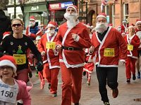 7th annual Nantwich Santa Dash raises funds for Hope House