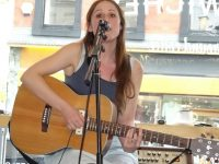 Singer Hannah White wows customers at Nantwich Bloom shop