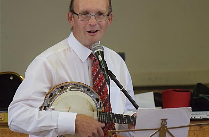 Singing and ukulele playing from Chris White