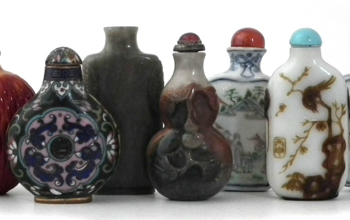 Snuff bottles for sale at Nantwich auction