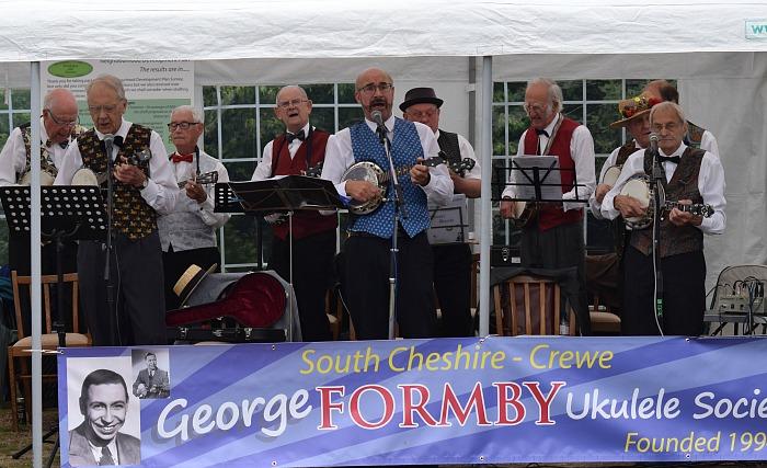 South Cheshire George Formby Ukulele Society (1)