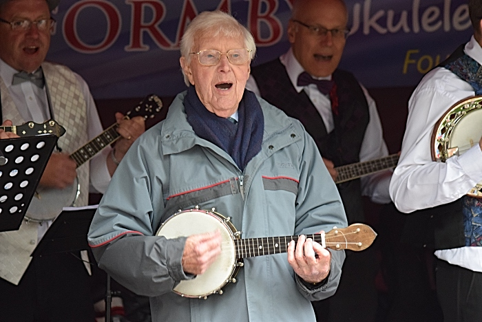 South Cheshire George Formby Ukulele Society perform by the Tower (1)