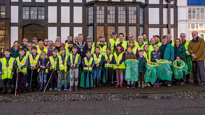 Spring Clean Volunteers - Great British spring clean