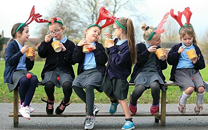St Lukes Hospice - pupils St Annes fundraiser