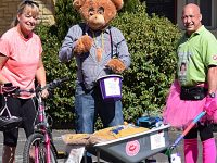 Wheelbarrow man pushes for 14 miles to raise cash for Mid Cheshire Hospitals
