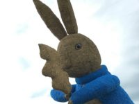 Snugburys celebrates Beatrix Potter with new rabbit sculpture