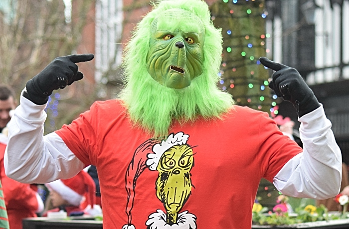The Grinch prepares to run