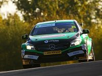 Tarporley racer Oliphant ends Dunlop BTCC season with points finish