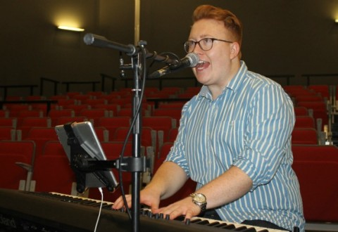Shavington music star Tom Seals visits old college ahead of UK tour