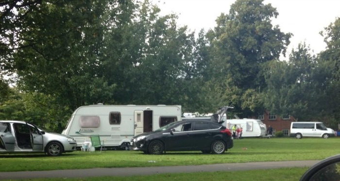 Travellers on land at Barony Park, Nantwich