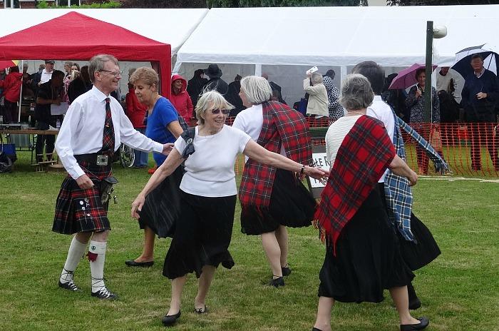 U3A Scottish Dancers - hankelow village fete