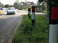 Workmen put kerbside warning signs in Wistaston the wrong way round