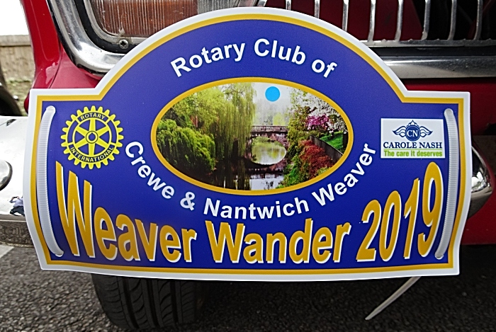 Weaver Wander logo on a car (1)