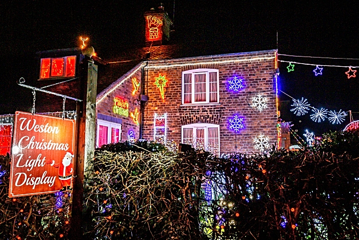 Weston Christmas Light Display 2018 (6) (1)