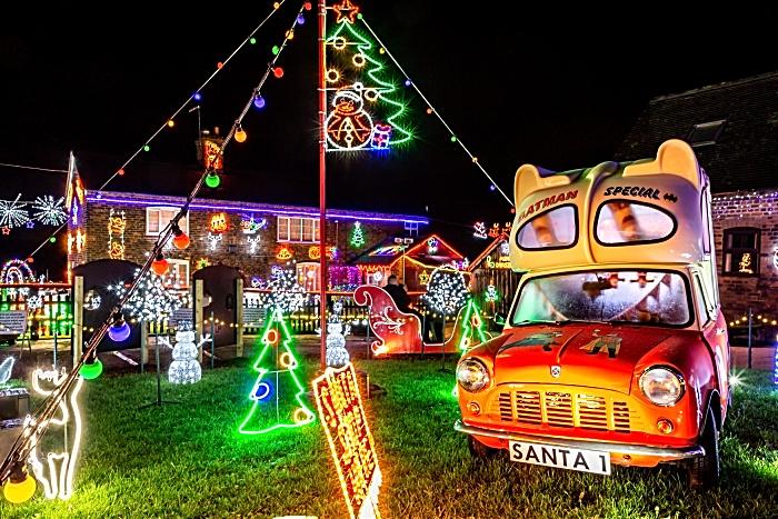 Weston Christmas Light Display 2018 - lights and ice cream van (1)
