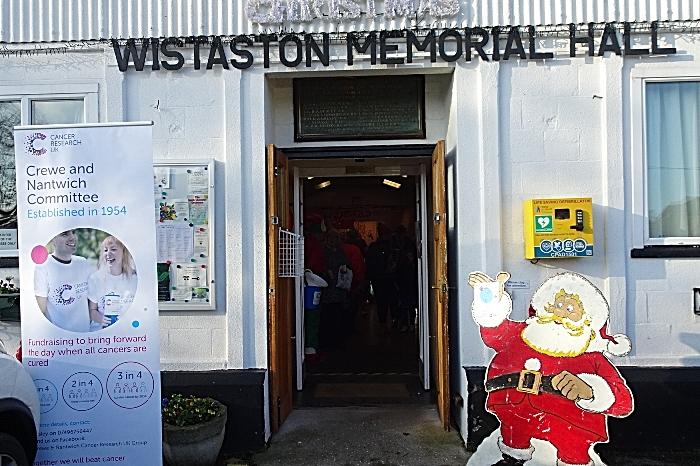Wistaston Memorial Hall entrance - displays (1)