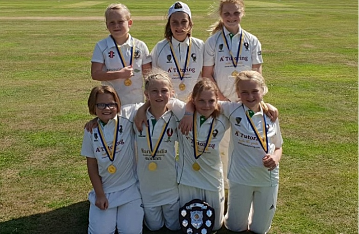 Woore U11s girls softball cup final win