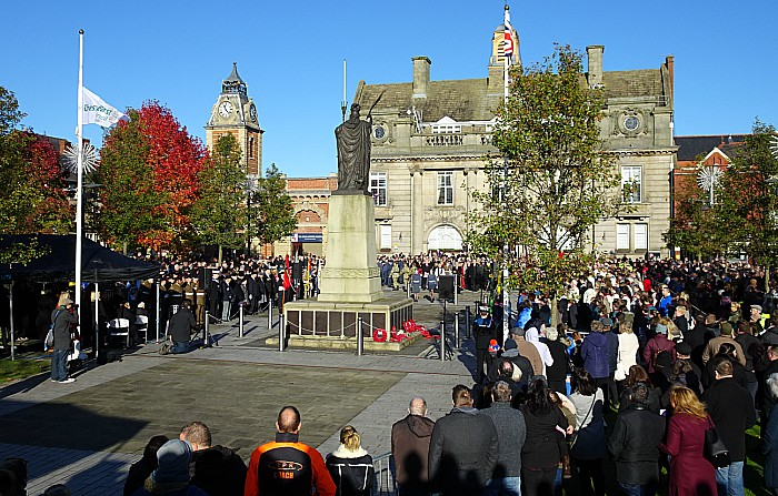 Wreath laying on Memorial Square