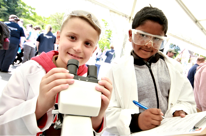 Young Scientists, Dinas Francis, and Kuba Novak (1)