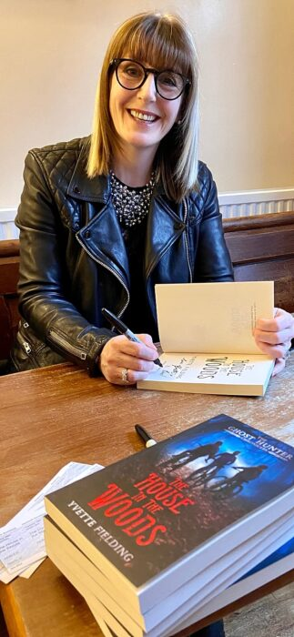 Yvette Fielding signs copies of her new book at Nantwich Bookshop & Coffee Lounge (1)