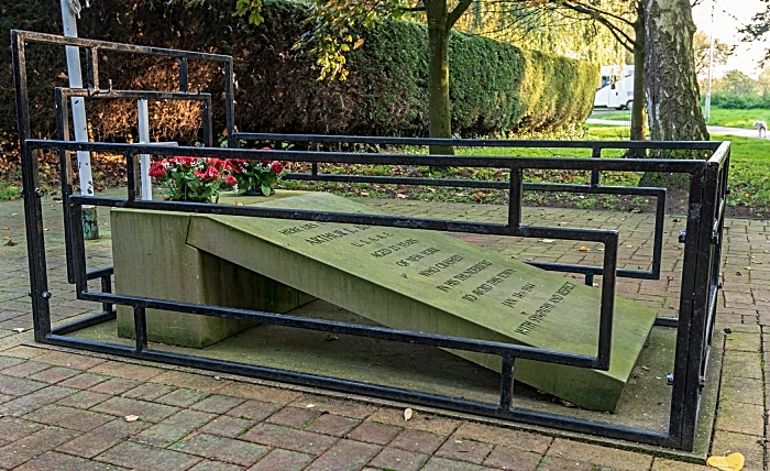 airman's grave sculpture in Nantwich