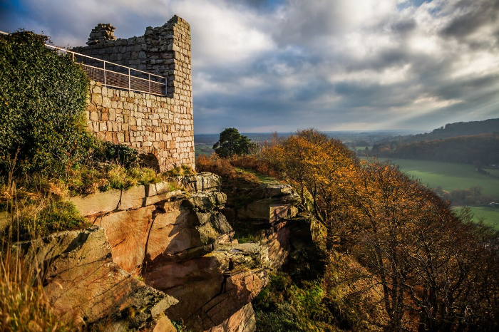 beeston castle in autumn