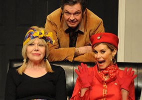 """Review: """"Boeing Boeing"""" at the Lyceum Theatre, Crewe"""