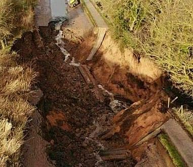 Shropshire Union Canal embankment collapse leaves boats stranded