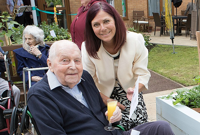 carer Sharon Bull with resident Ray Knott