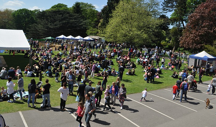 Family Festival - crowds enjoy the sunshine on the college's main lawn