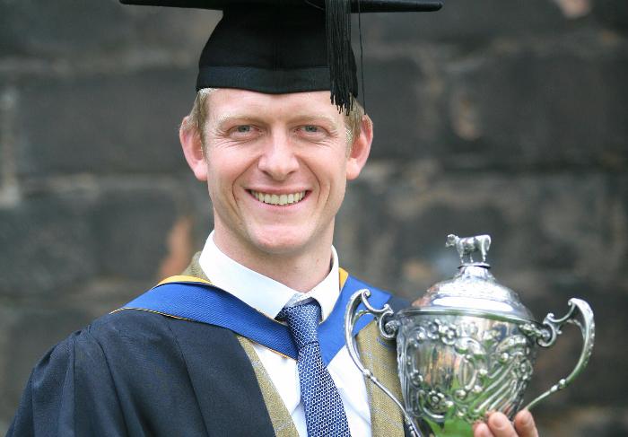 dean's winner - graduation
