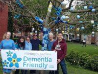 Volunteers turn Nantwich tree blue to mark Dementia Action Week