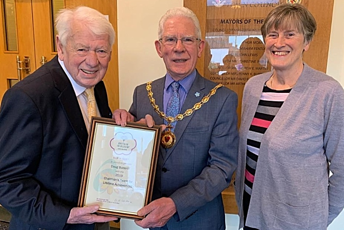 doug butterill receives in bloom award