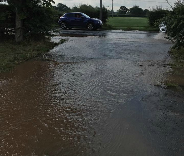 burst pipe and flooding colleys lane