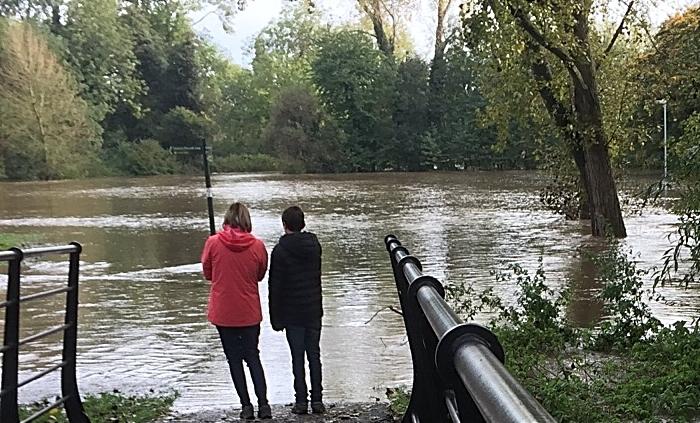 flood warning - river weaver