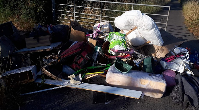 fly-tipping Nantwich near Alvaston